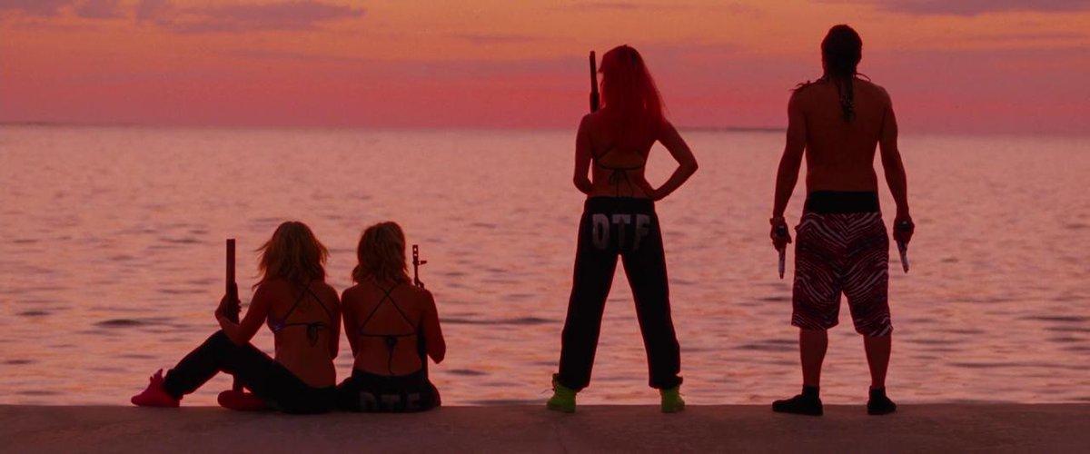 ภาพยนตร์ Spring Breakers (2012) กิน เที่ยว เปรี้ยว ปล้น